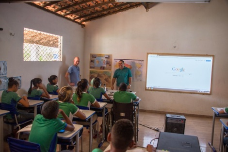 school is connected for the first time ever to the rest of the world via balloon-powered Internet. Tiao then used Google Earth, the Cultural Institute, and Wikipedia to deliver a lesson on world cultures
