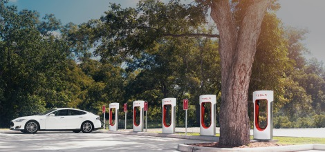 Tesla Superchargers. Image rights: Tesla Motors.