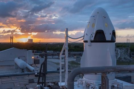 SpaceX | Dragon Pad Abort Test sunrise